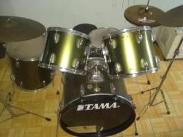 "Bateria TAMA ""Jazz"""