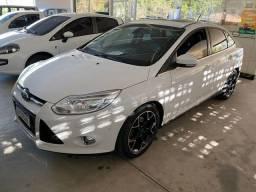 Focus titanium 2.0 sedan
