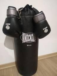 Vendo saco de bater adulto knockout 90cm e luva MKS profissional