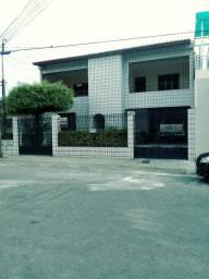 Título do anúncio: Casa para venda possui 550 metros quadrados com 5 quartos em Montese - Fortaleza - CE