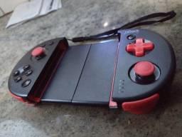 Vendo controle ipega Red knight em perfeito estado pouquíssimo usado .