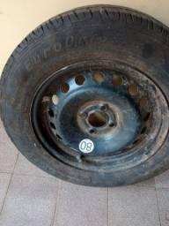 Título do anúncio: Vendo pneu 195X65R15