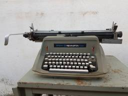 Máquina de escrever - Sperry Remington 100