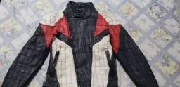 Jaqueta de couro para motoqueiro.