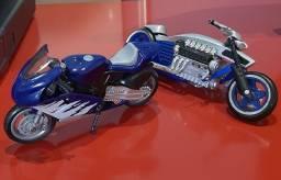 2 Motocicletas Hot Wheels/Die Cast Metal