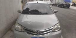 Título do anúncio: Etios sedan 1.5 x  s<br>Flex  125 km 2014 documento ok