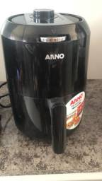 Fritadeira sem óleo semi nova