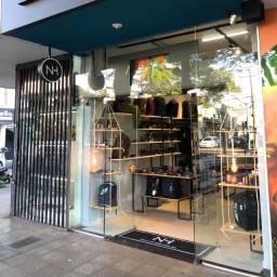 Título do anúncio:  Passo Ponto Comercial Loja, com móveis e demais instalações, localizado na Av. Brasil