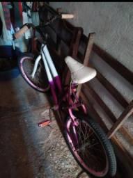 Bicicleta Pequena Simples