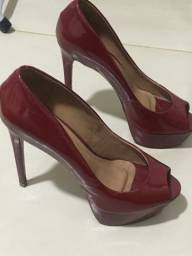 Título do anúncio: peep toe vermelho verniz
