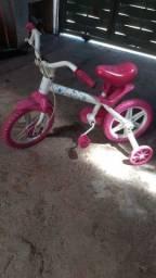 Título do anúncio: Vendo bicicleta Cecizinha Aro 12 por 80