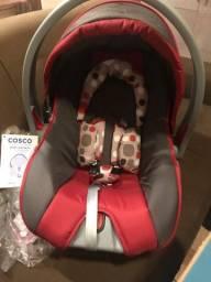 Bebê conforto Cosco 250,00 para vender logo! Unissex