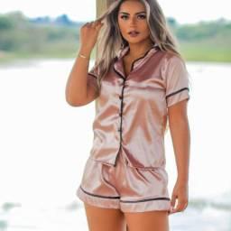 Pijamas de luxo em cetim