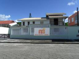 Casa à venda em Peruibe, na Estância Balneária Convento Velho, a menos de 350m da praia.
