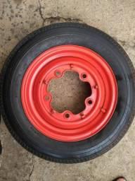 Roda aro 15 5 furos com pneu fusca 150,00