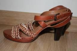 Sandalia feminina Celeiro