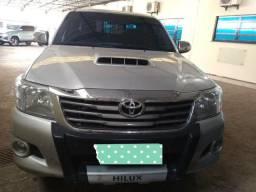Hilux Único dono - 2013