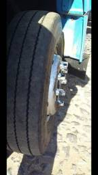 Caminhão boiadeiro - 2005