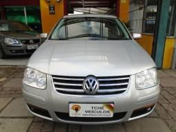 Volkswagen Bora 2.0 manual 4P - 2011