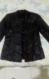 Vende _ se jaqueta de couro