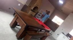 Mesa com 4 Pés Cor Imbuia Tecido Vermelha Mod. PJRY2263