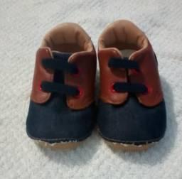 Sapatos Infantis Semi Novos