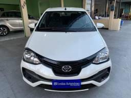 Etios X Plus Sedan 1.5 2019 Branco pérola