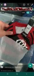 Olha essa linda camisa do Flamengo