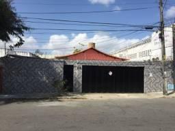 Casa no Papicú 4 Quartos+Dependência-Comercial ou Residencial