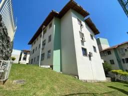 Apartamento em Capoeiras - Florianópolis - SC - (cod TH372)