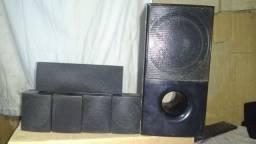 5 caixas de som mas um sobwoofer LG