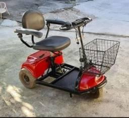 Título do anúncio: Cadeira de rodas elétria Scooter Freedom