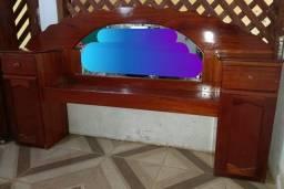 Cabeceira em madeira  top pra vender rápido 350 reais .