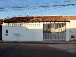Título do anúncio: Casa no Tiradentes - 4 quartos + 4 banheiros