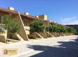 Casa com 2 dormitórios para alugar por R$ 790/mês - Henrique Jorge - Fortaleza/CE