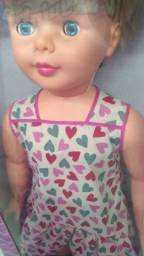 Título do anúncio: Boneca amiguinha gigante original