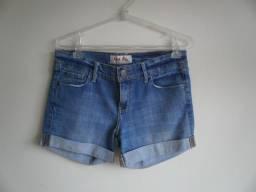 Título do anúncio: Shorts Jeans Feminino Importado Rock Lily - Tam 38