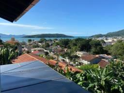 Casa com Vista Mar a Venda em Porto Belo - SC