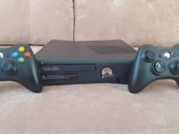 Xbox 360 - Desbloqueado / Novíssimo