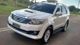 Hilux Sw4 SRV 3.0 4X4 Diesel Aut Branca - 2013