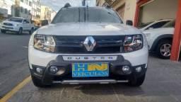 Renault Duster dakar automática 4x2 novo motor 2.0 16v flex 4p branca 23.000km ipva2018pg - 2017