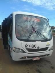 Vendo ou troco micro ônibus ibrava 9/150 ano 2010