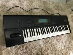 Teclado sintetizador Korg 01/W-FD