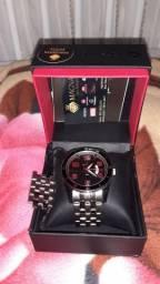 Vendo relógio original técnicos $250 nunca usado parcelo 3x no cartão