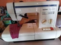 Máquina de costura Zig Zag brother