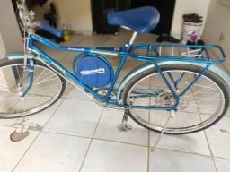 Bicicleta Monark 87 restaurada e monareta