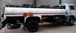 Caminhão Wolks 17210 Ano 2003/2003 documento do caminhão e do tanque tudo ok.Ótimo estado - 2003