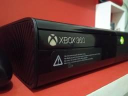 Xbox 360 Um Slim super novo