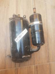 Compressor rotativo Hitachi