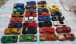 Coleção de Hot Wheels - 60 unidades